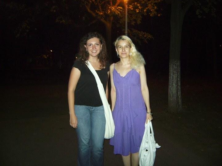Olivia Maria Marcov cu Alexandra Georgescu, aug 2009, AUSH, Asociatia Studentilor Universitatii