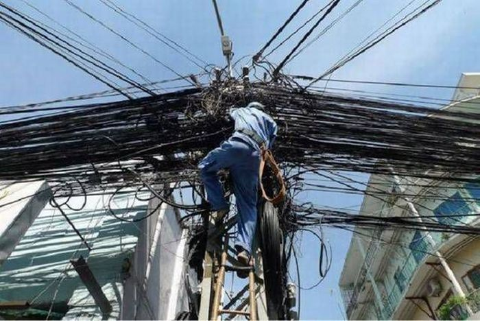 worst jobs ever essay Before and after looks at some of the worst wiring jobs integrators have come across.