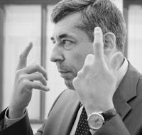 Quand Henri Guaino invente le concept de dealer de gosses