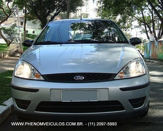 Ford Focus 1.6 GLX 2006 - frente