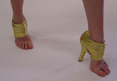 Top 10 calçados mais estranhos do mundo http://www.cantinhojutavares.com