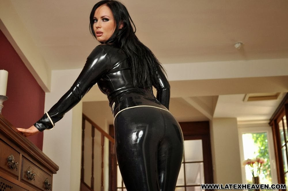 Sexy Ass in Tight Shiny Latex Leggings, Long Hair Babe in Tight Black Latex Suit