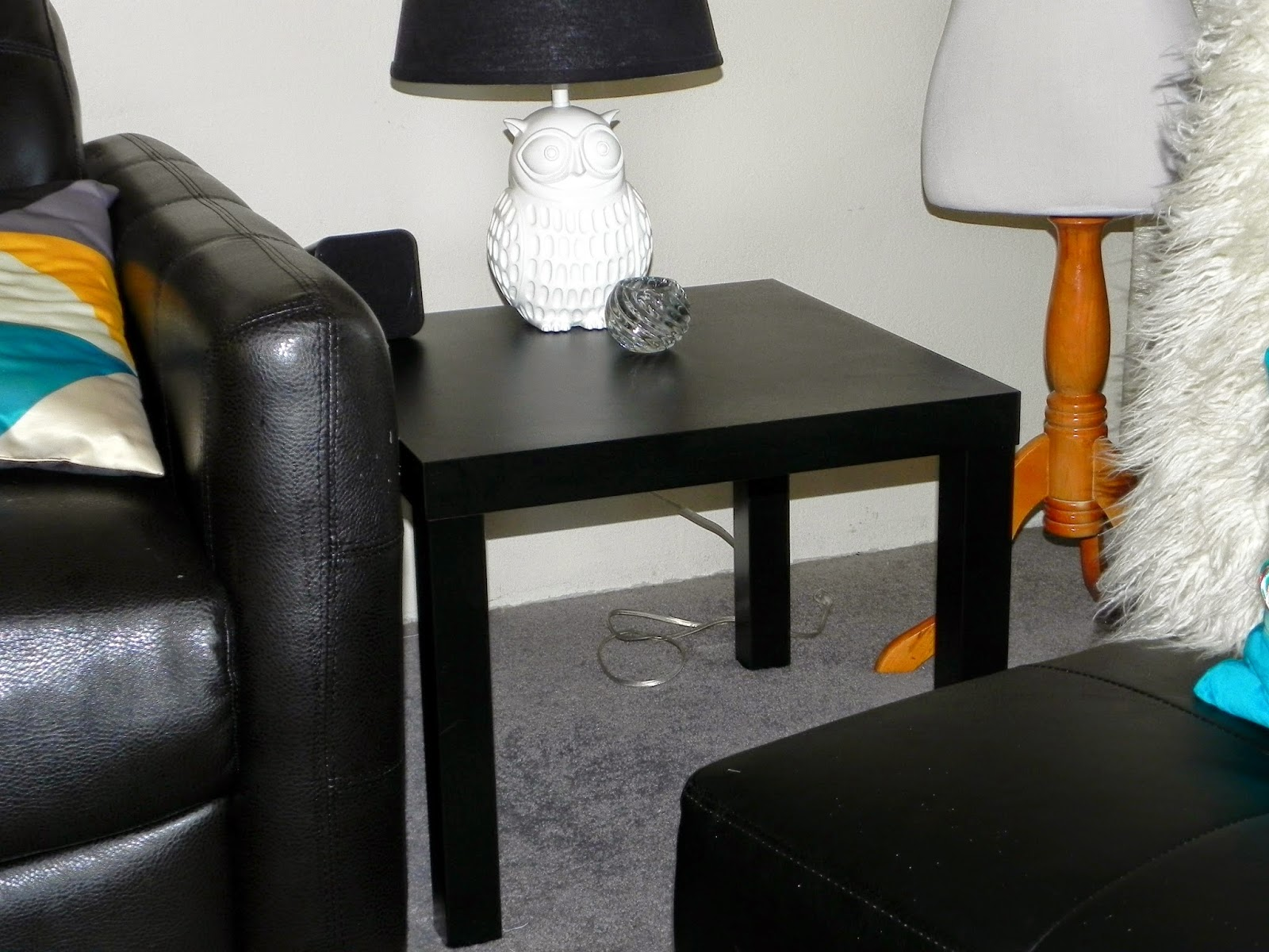 smart n snazzy diy metallic end table ikea lack hack. Black Bedroom Furniture Sets. Home Design Ideas