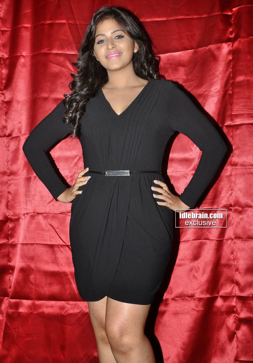 Anjali short dress