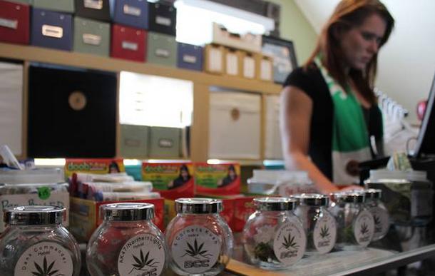 A Breckenridge Cannabis Club é uma loja licenciada a vender produtos com maconha para fins recreativos.