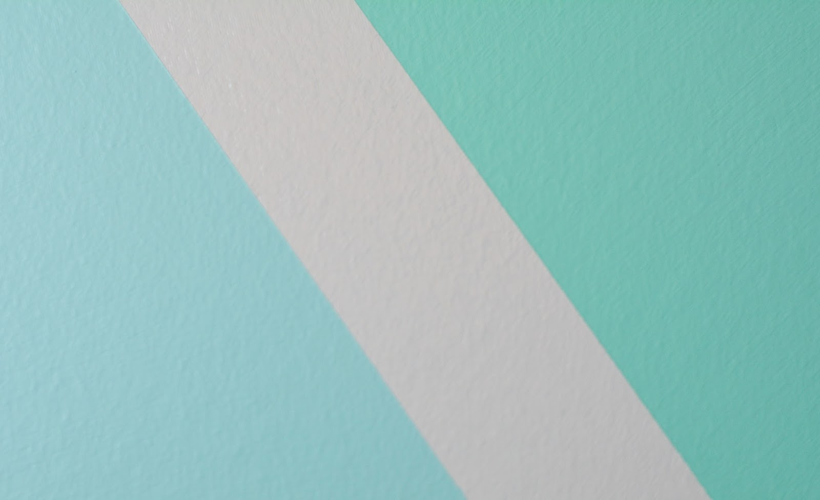 Life with 4 boys diy painted wall accent with frogtape for Painting lines on walls