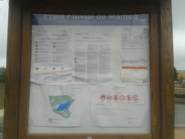 Placa informações Praia Fluvial da Mamoa