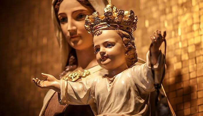 Por María a Jesús