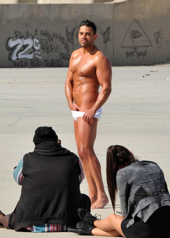 mike from shahs of sunset completely naked