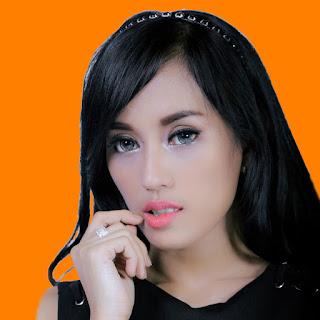 Ndriaz Suzhy Kabur