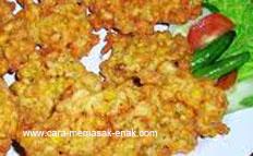 resep praktis dan mudah membuat (memasak) makanan ringan bakwan jagung spesial (istimewa) enak, gurih, lezat