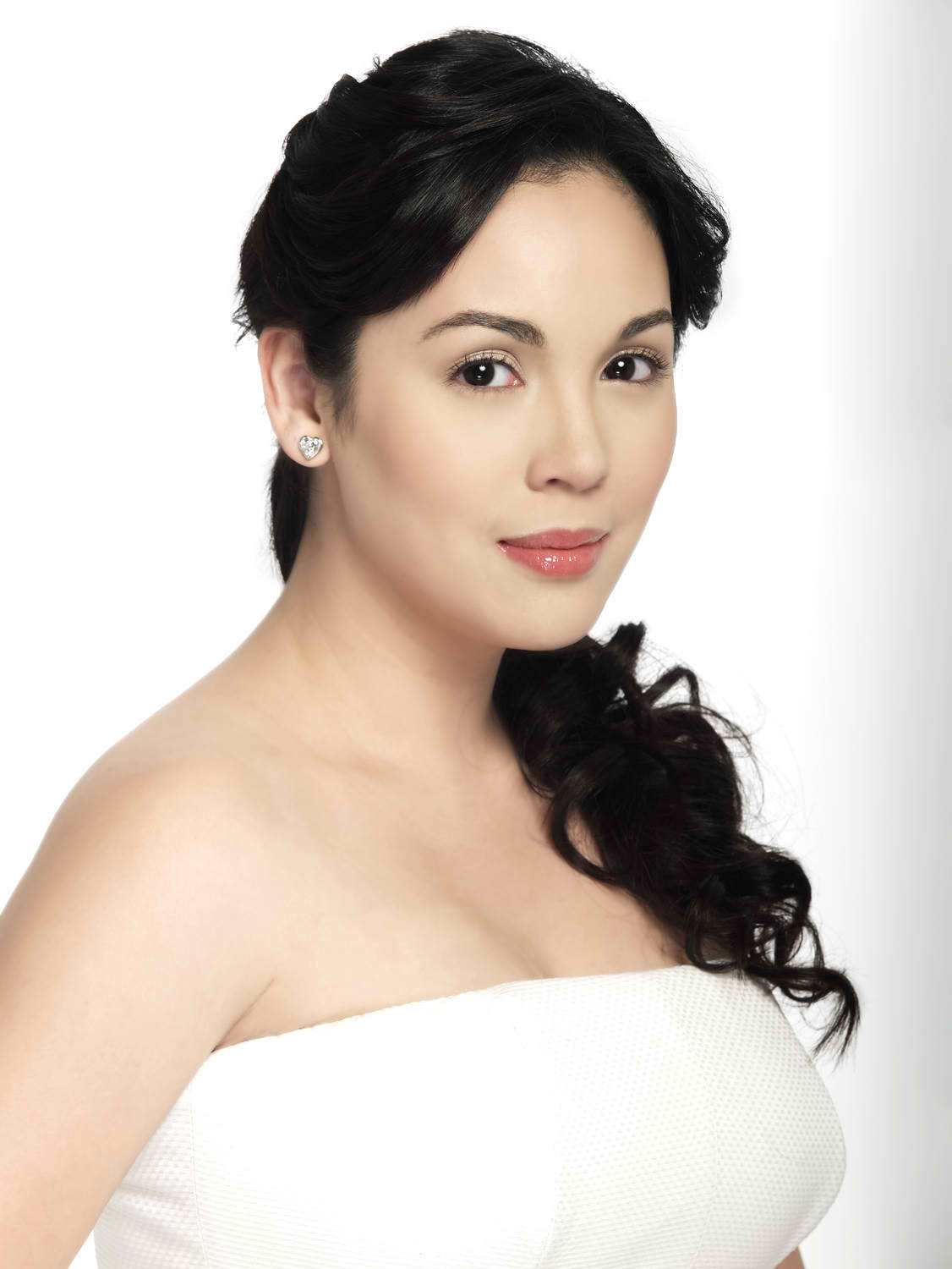 10 sexiest and most beautiful pinay today claudine barretto