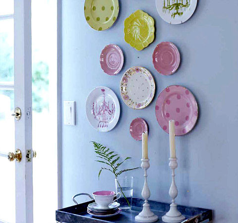 Esdesign plates on a wall - Decor wall plates ...