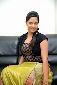 Anasuya photos at Legend audio-thumbnail-5