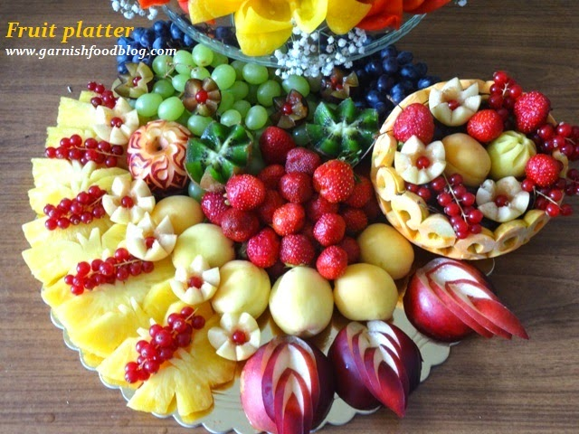 GarnishFoodBlog - Fruit Carving Arrangements and Food Garnishes ...