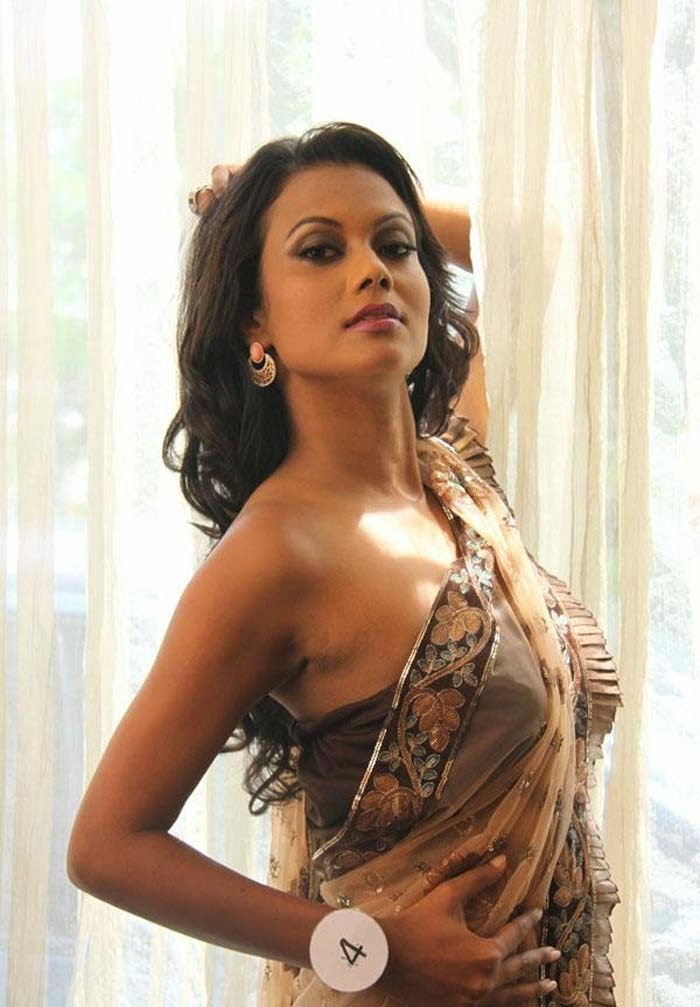 Gayesha Perera's Latest high Quality Photo Gallery
