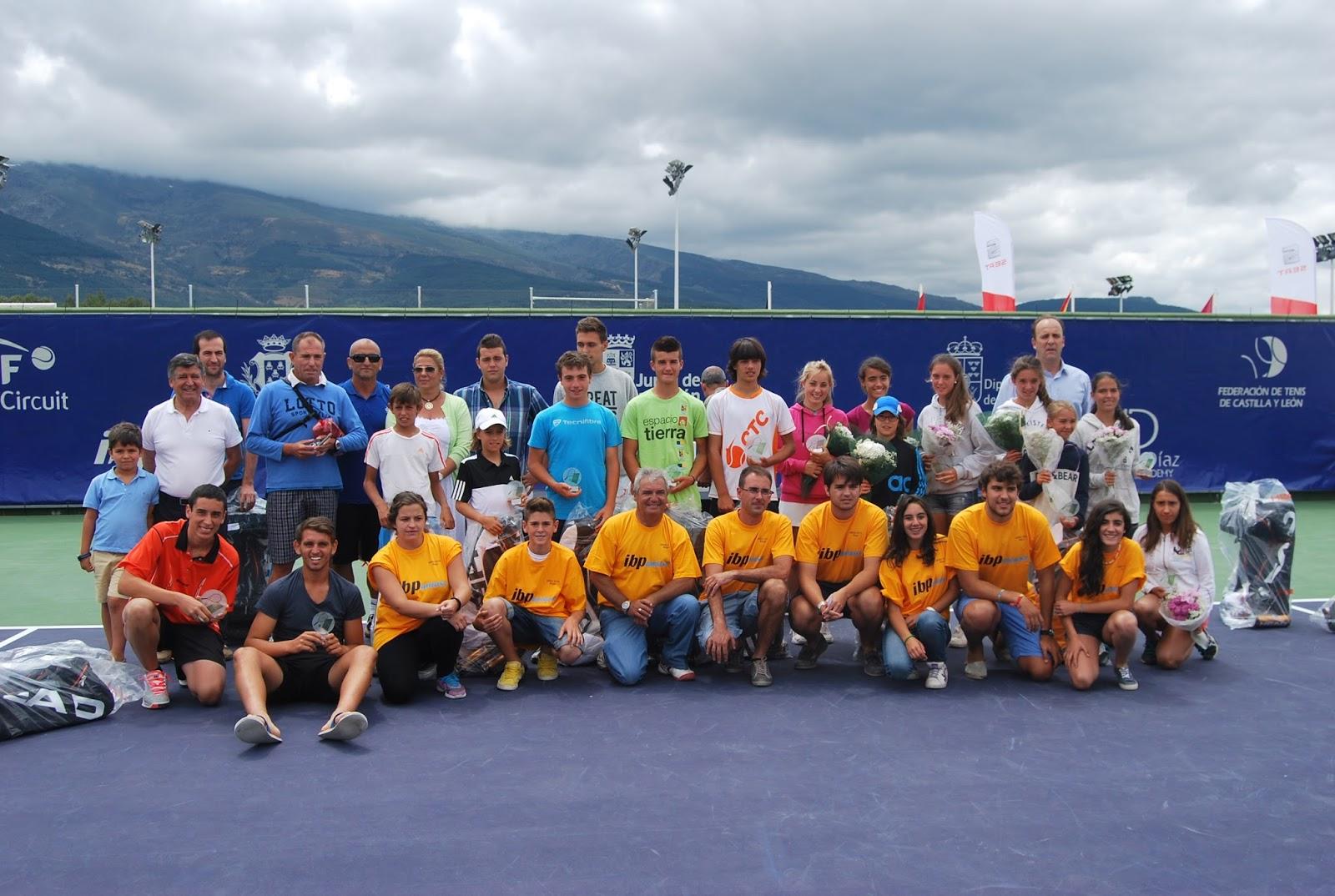plantel final de ganadores del open de tenisciudad de Béjar