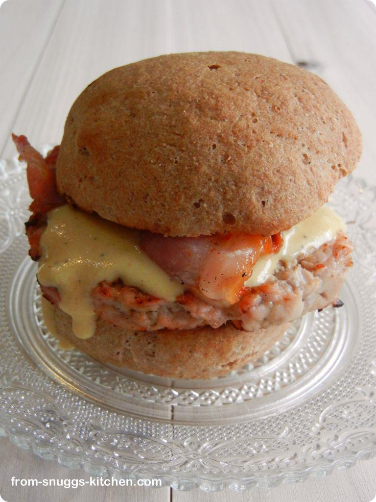 burger mit apfel senf sosse from snuggs kitchen. Black Bedroom Furniture Sets. Home Design Ideas