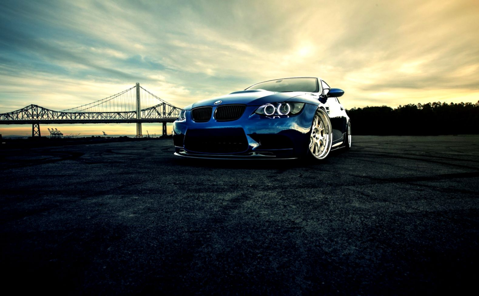 White Bmw M3 Wallpapers Hd On Road