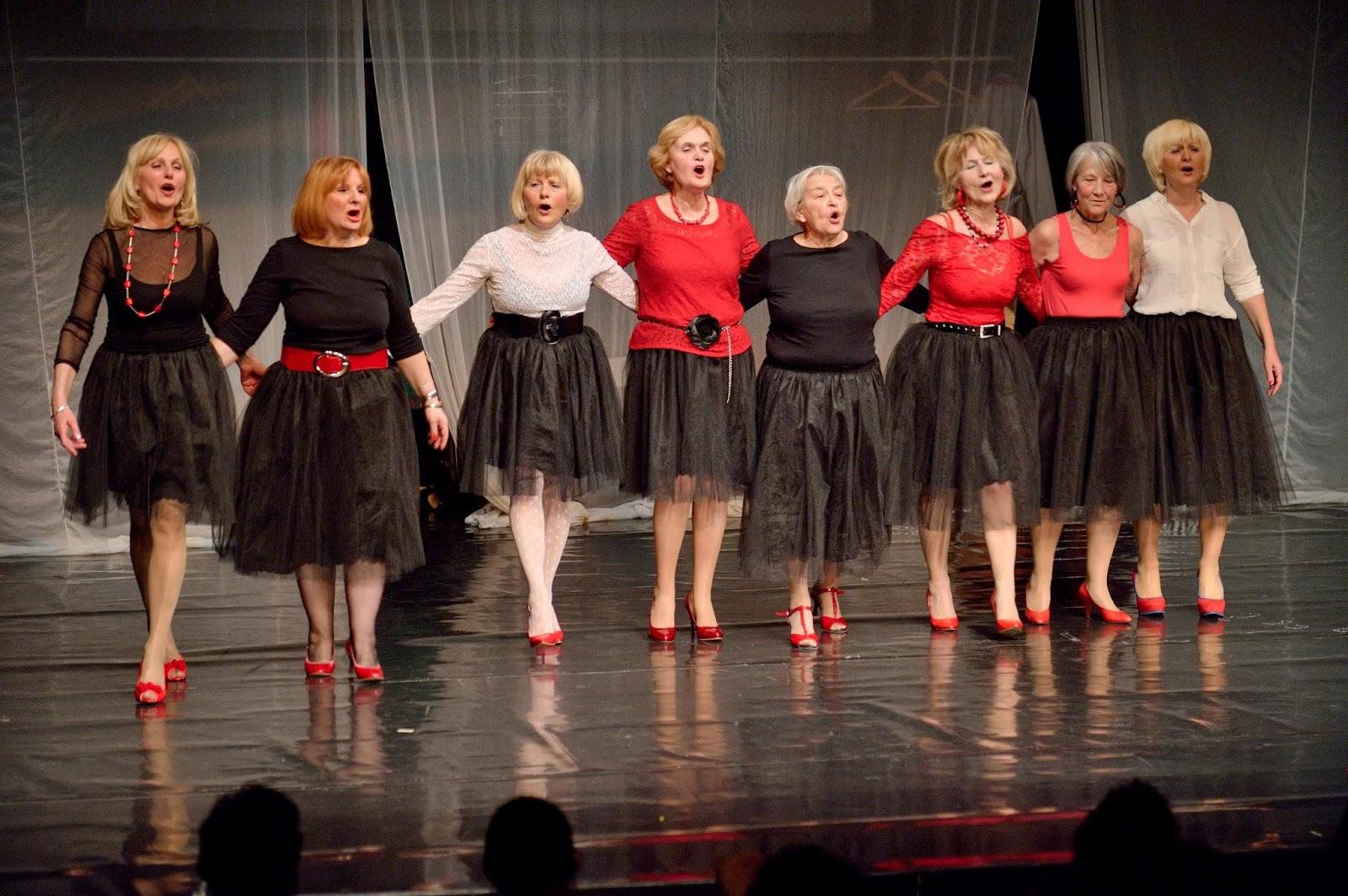 Plesni teatar Gospođe nastupa u Madlenianumu