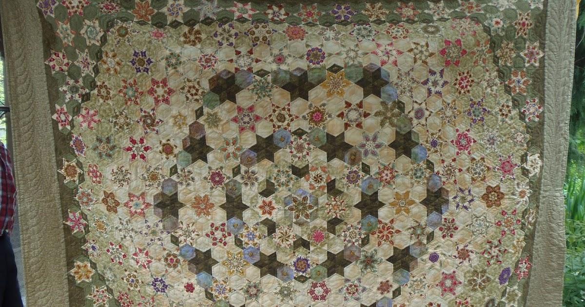 faeries and fibres  the godstone grannies hexagon quilt