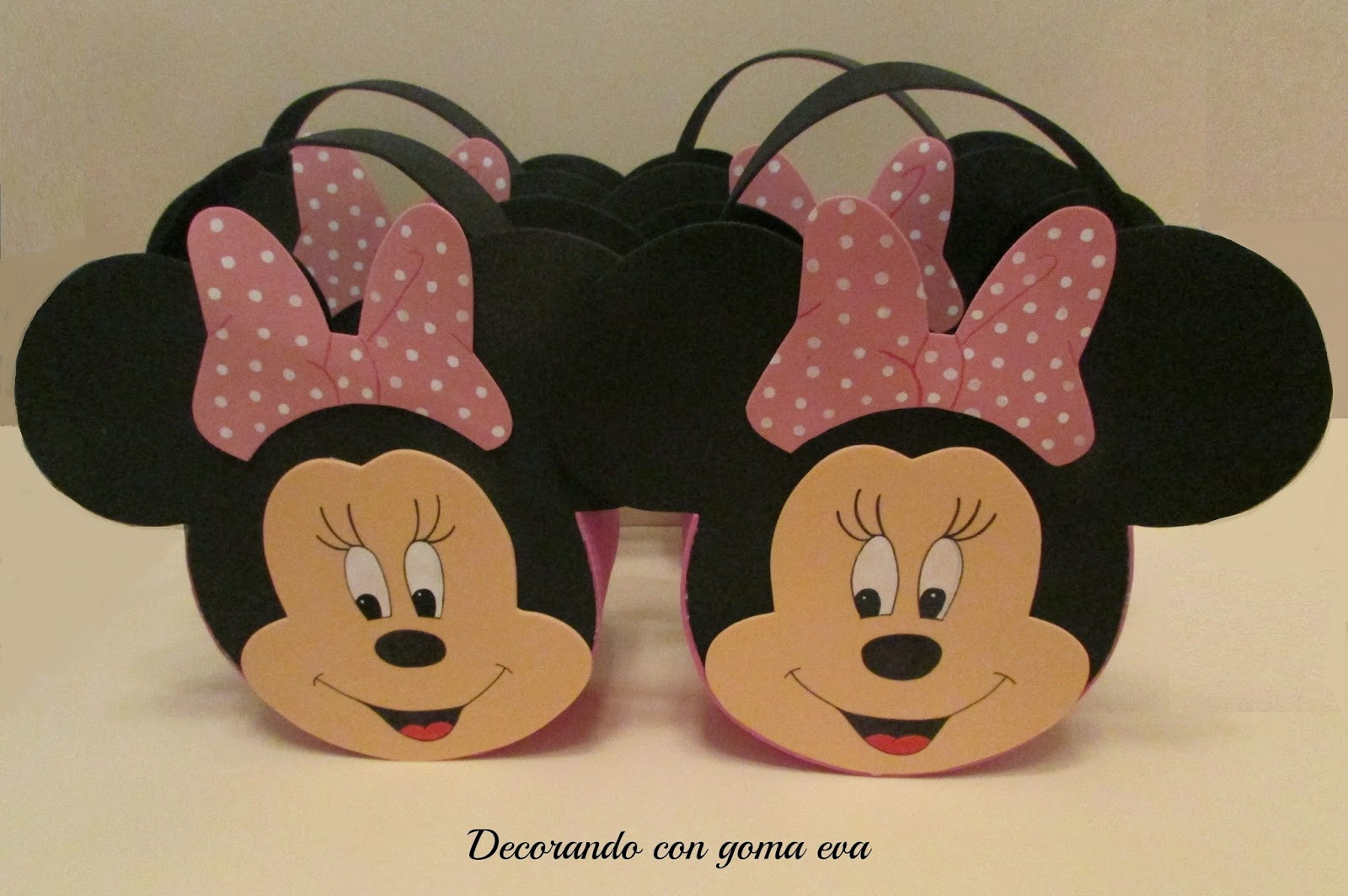 Goma minnie mouse pictures moldes de mickey y minnie - Manualidades minnie mouse ...