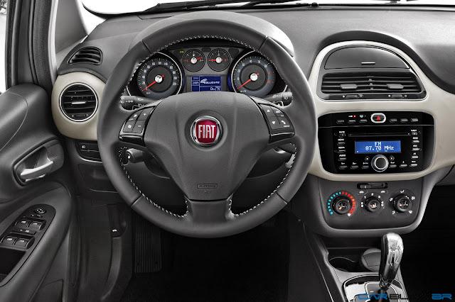 Fiat Punto Essence 1.6 16V 2013 - painel