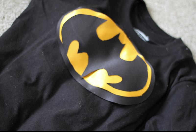 Do It Yourself Divas Diy Superhero Muscle Shirt Diy Batman Costume