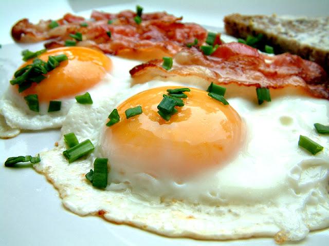 Trochę zdrowia ! Dlaczego w śniadaniowym menu powinno znaleźć się jajko ?