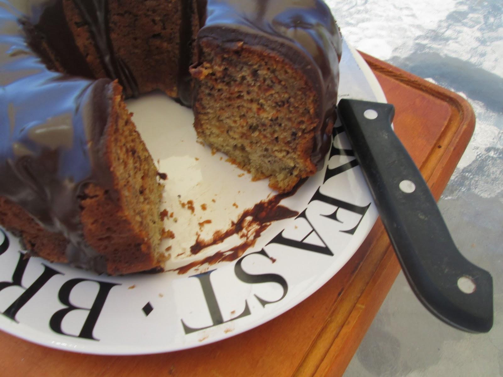 Canela kitchen (gloria): Banana bundt cake with chocolate ...