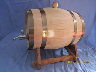 beer barrel / barel bir, wine barrel / barel wine menggunakan kayu jati belanda
