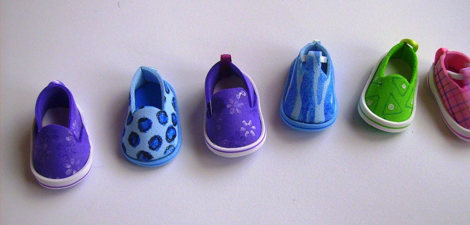 Pintados a mano, moldes de zapatos de tamaño normal adaptados a estas