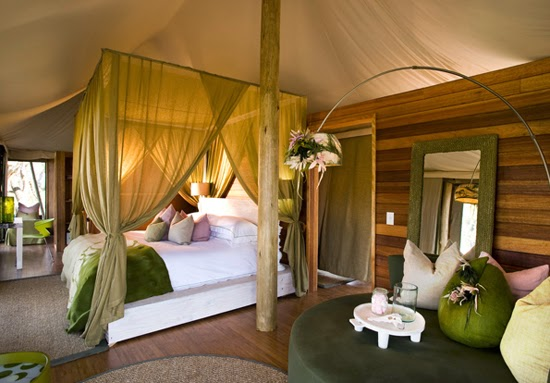 Safari Fusion blog | African green | Contemporary safari style at Xaranna Okavango Delta Camp, Botswana via &Beyond