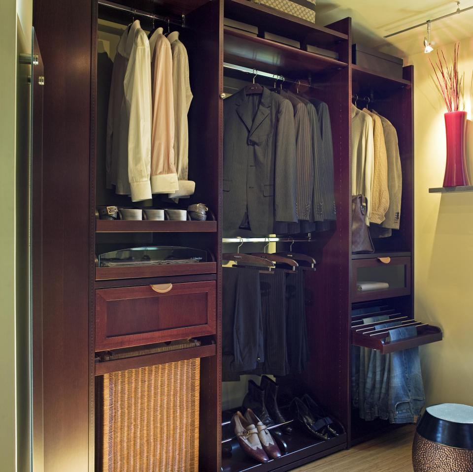 17 elegant and trendy bedroom closet desingns home Closet layout ideas
