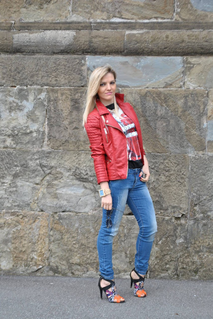 chiodo in pelle rossa red leather jacket best outfit 2015 outfit più belli del 2015 outfit inverno 2015 outfit estate 2015 look più belli del 2015 best dresses 2015 mariafelicia magno fashion blogger colorblock by felym fashion blog italiani fashion blogger italiane blog di moda blogger italiane di moda fashion blogger bergamo fashion blogger milano fashion bloggers italy italian fashion bloggers influencer italiane italian influencer  outfit 2015 street style best street style 2015