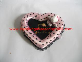 Segitiga Hp Hello Kitty Pink Import