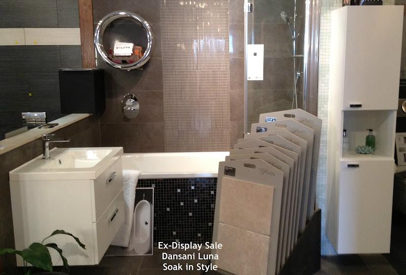 Ex-Display Sale - Bisque Arteplano Towel Radiators title=