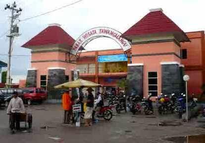 Banyuwangi akan bangun terminal dan pasar wisata terpadu.