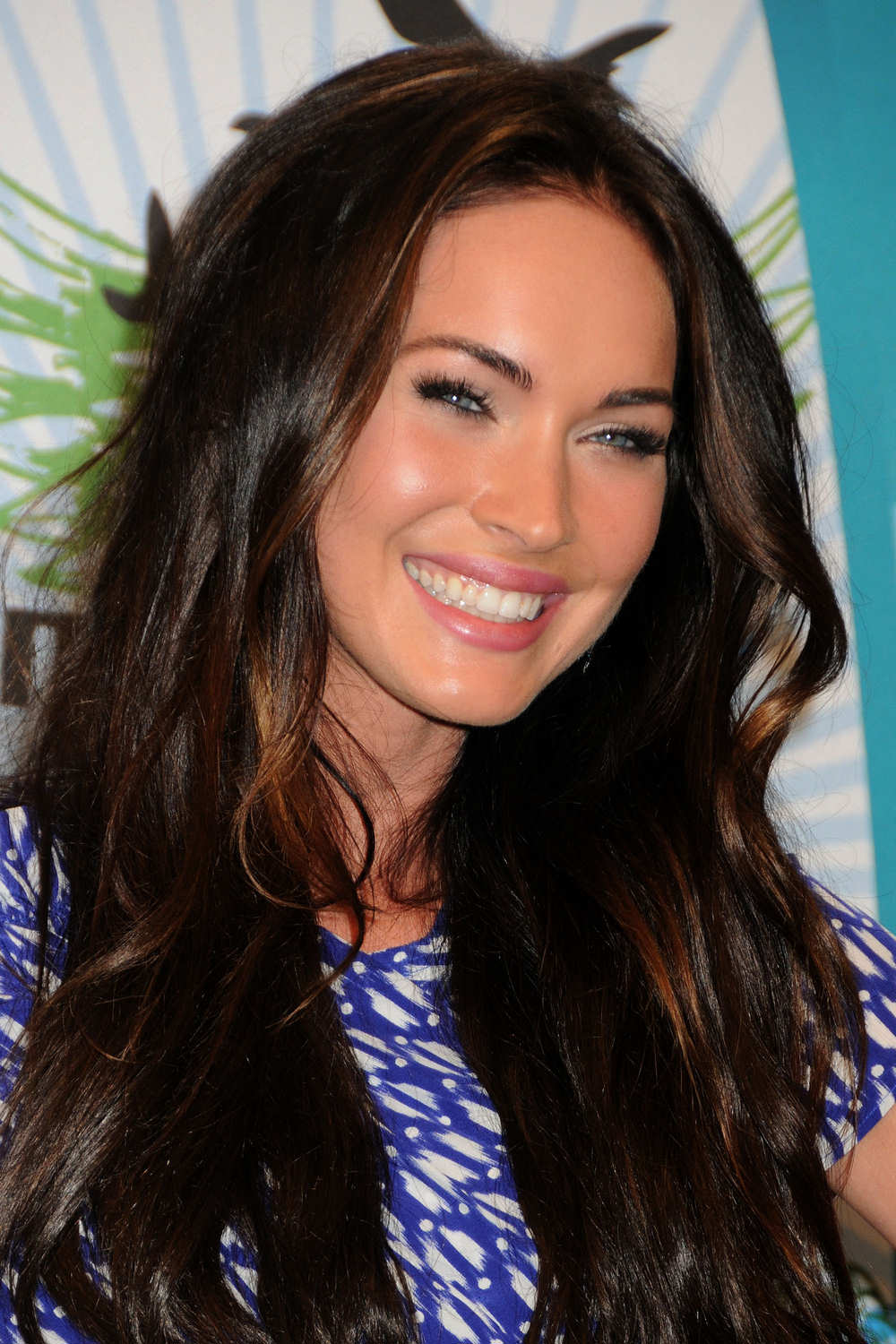 Pictures of Megan Fox before plastic surgery in the beautiful pink