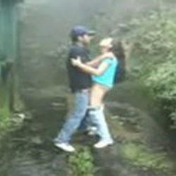 Fudendo Atras da Escola - Flagras de Sexo - http://www.videosamadoresbrasileiros.com