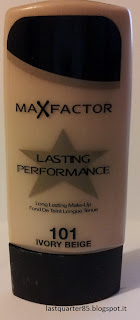 Fondotinta Max Factor Lasting Performance in 101 Ivory Beige