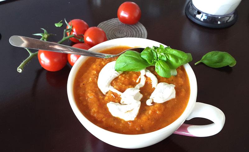 Reseptit: tomaattikasviskeitto