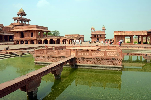 outer view of Fatehpur Sikri quila
