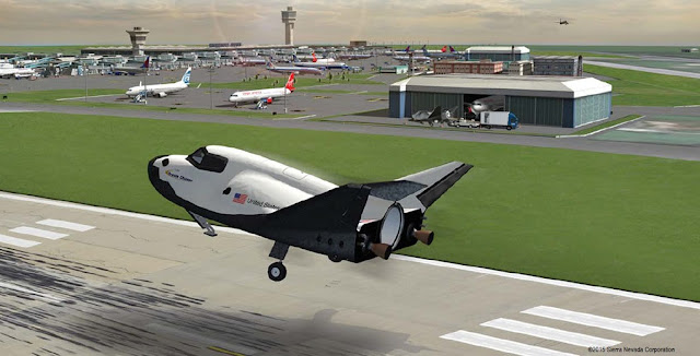 SNC's Dream Chaser spacecraft commercial runway landing. Credit: SNC