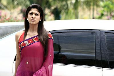 Actress Nayanthara Hot Saree Photos