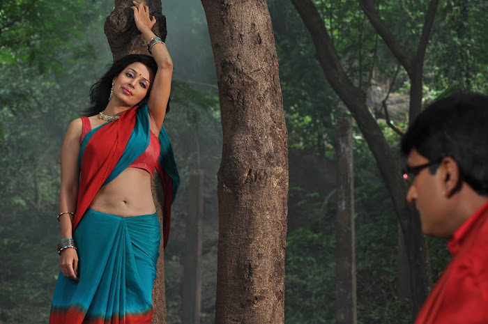 akashamlo sagam movie actress pics