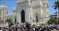 """""""أفرم أفرم يا مرسي"""".. هتاف مسيرة حاشدة للإخوان و6 أبريل والنور صوب قصر رأس التين"""
