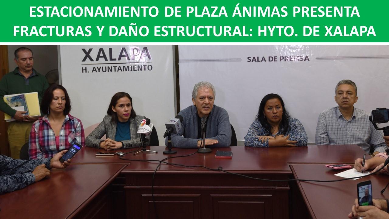 PRESENTA FRACTURAS Y DAÑO ESTRUCTURAL: HYTO. DE XALAPA