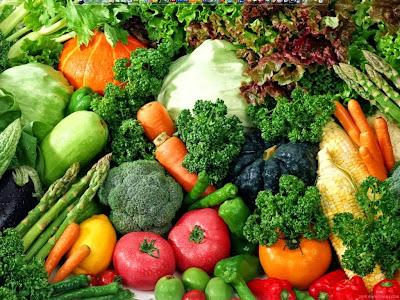 Berat Badan Mau Turun? Makan Buah dan Sayuran Saja Gan