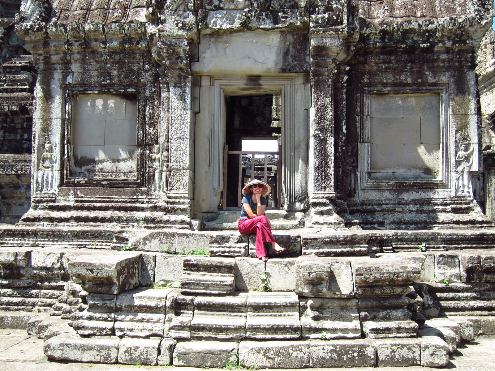 Practical-Pinay_Esay-Querubin_Angkor-Wat_Cambodia_Siem-Reap